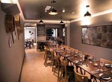 Sloanes Restaurant in Wakefield